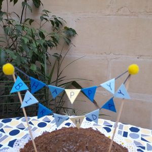 Sustainable cake topper mini bunting