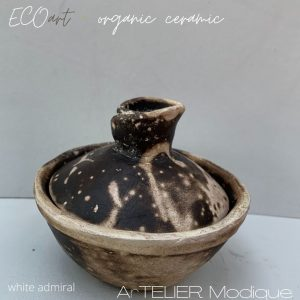 small unique ceramic bowl with lid by Hermine Anna Sammut