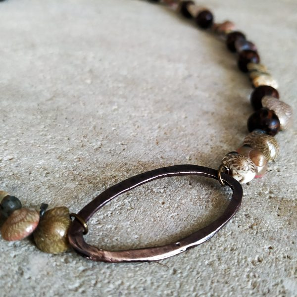 ECO Shell and Wood Necklace